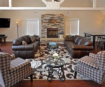 Living Room, Shannon Manor Townhomes