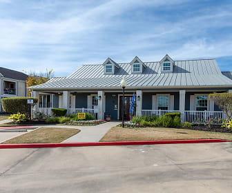 The Eaglebrook Apartments, Barbers Hill Elementary School North, Mont Belvieu, TX