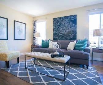 Villagio Apartment Homes, Nuevo, CA