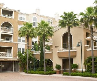 Building, La Jolla Palms
