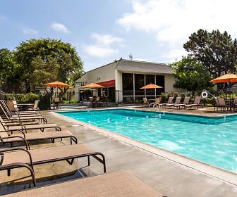 Creekwood Villas, Oceanside, CA
