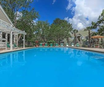 Pool, Verandahs at Hunt Club Apartments