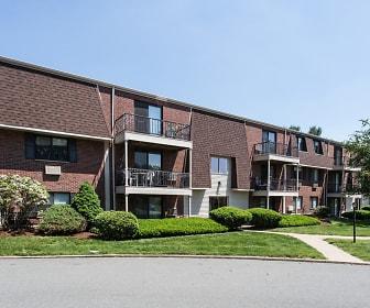 Oak Ridge Village, Milford, MA