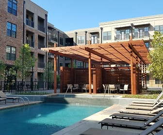 Pool, The Neighborhoods at the Sound