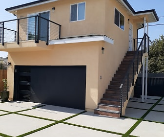 6341 South Arlington Avenue, 90043, CA