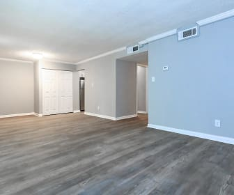 SPACIOUS LIVING ROOM, Kingston Pointe Apartments