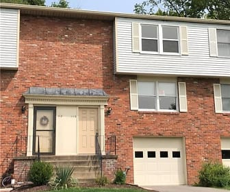 110 Brooke Dr, Peters, PA