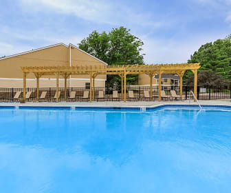 view of pool, Twin Lakes Apartments