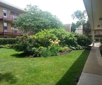 Forest Glen, Westchester, IL
