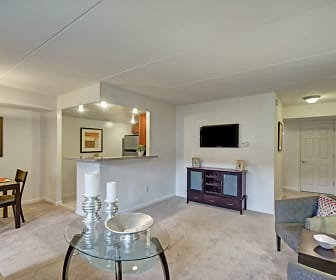 Racquet Club Apartments & Townhomes, Fairless Hills, PA