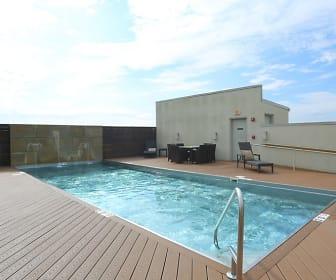 Pool, Residences Of Creekside
