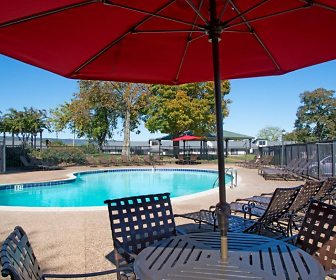 Pool, Riverview Grande