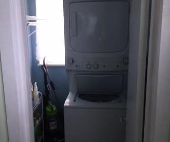 Carolina washer and dryer two.JPG, 3412 CAROLINA AVE