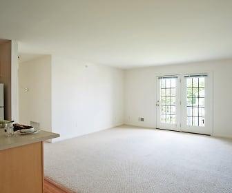 Living Room, Hampton Run Apartments