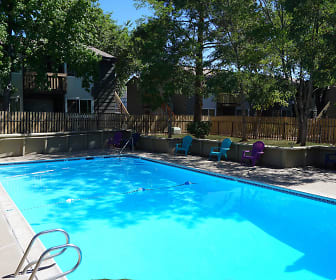 Pool, Colony Inn