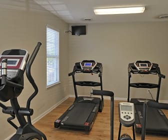 Fitness Weight Room, Woodlake Apartments