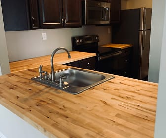 Kitchen, Mulberry Station Apartments