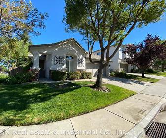 1281 Freswick Drive, Lake of the Pines, CA