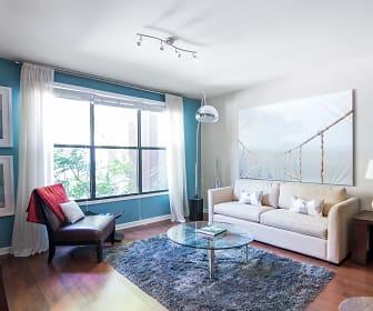 Living Room, Vue Greenville
