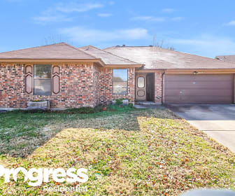 8137 Camelot Rd, Willow Creek, Fort Worth, TX