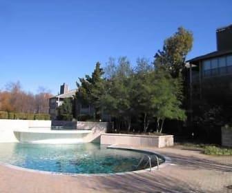 Pool, Arbors of Hickory Ridge