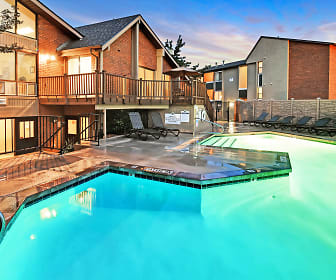 Pool, Fox Creek Apartments