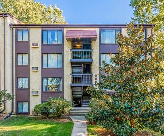 The Glen Apartments, Pimmit Hills, VA