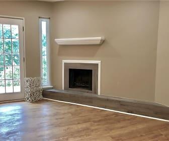 Living Room, 6724 N Meridian Ave #F