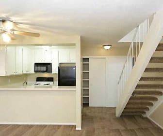 Kitchen, Greenhouse Apartments