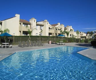 Cottonwood Ranch Apartments, Grand Terrace, CA