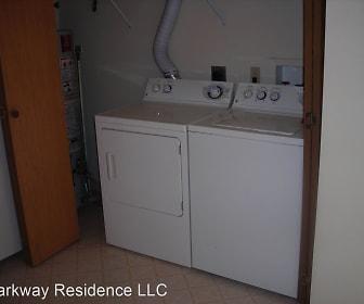 Bathroom, 1221 S Linn St