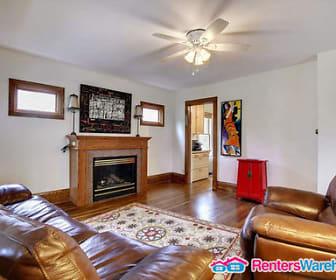 Living Room, 1642 E Shore Dr