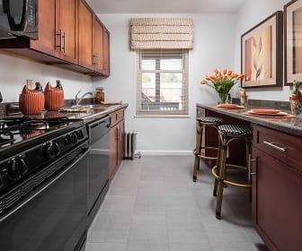Kitchen, Lindcrest Apartments