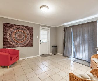 Room for Rent -  a 7 minute walk to bus 114 and 86, Atlanta, GA