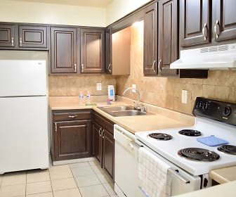 Countrybrook Apartments, 40242, KY