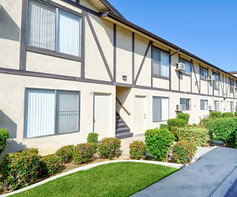 Building, Rancho Bonita