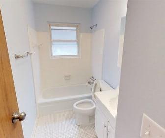 Bathroom, 848 Covert Run Pike