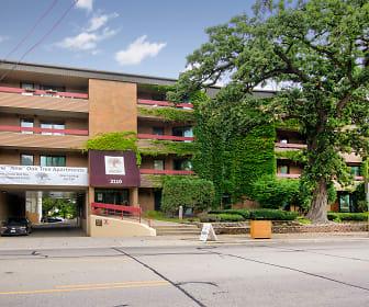 Building, Oak Tree Apartments
