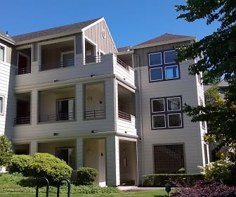 Waverley Greens Apartments, Milwaukie, OR