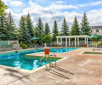 Club One of Auburn Hills, Grandville Court, Pontiac, MI