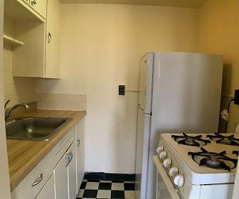 Kitchen, 1941 Courtland Dr