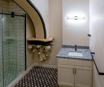 Bathroom, San Sofia
