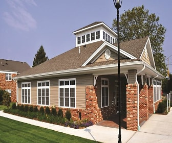 Building, Fairfield Jericho Townhomes