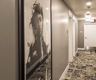 Foyer, Entryway, 11 Marche