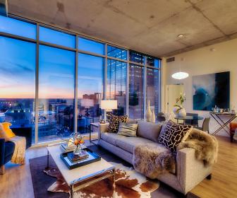 One Light Luxury Apartments, Kansas City, KS