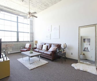 Living Room, TipTop