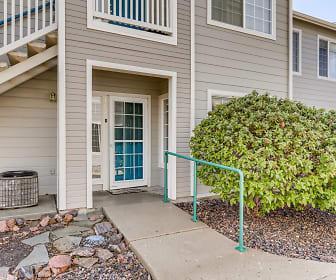 8437 Thunder Ridge Way #102, Acres Green, CO