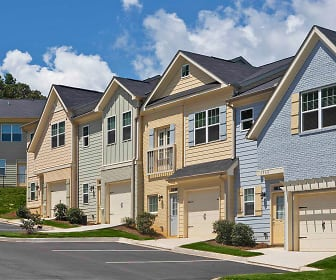 Building, Sugar Hill Overlook Townhomes