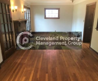 1136 Quilliams Rd, Cleveland Heights, OH