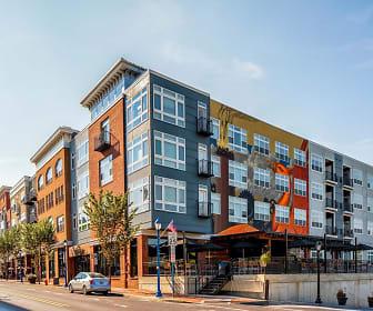 Building, Phoenix Village Apartments